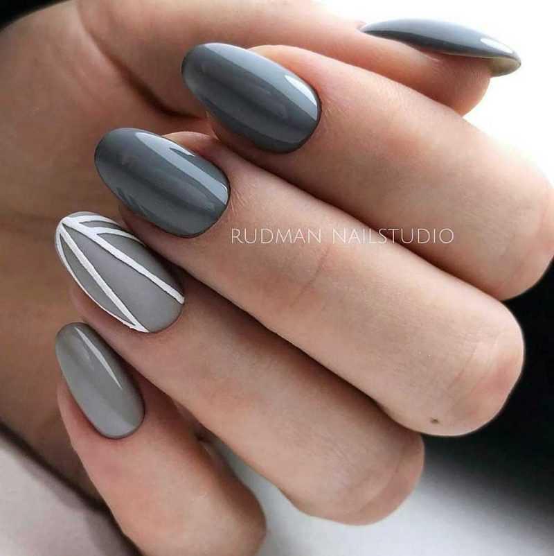 grey-nail-109