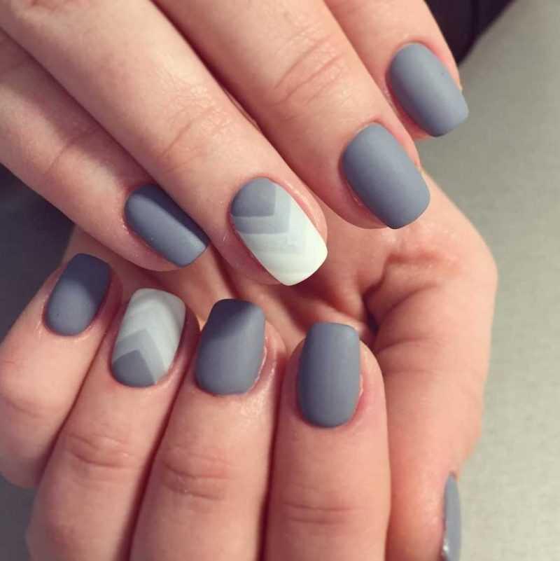 grey-nail-112