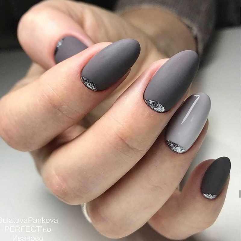 grey-nail-114