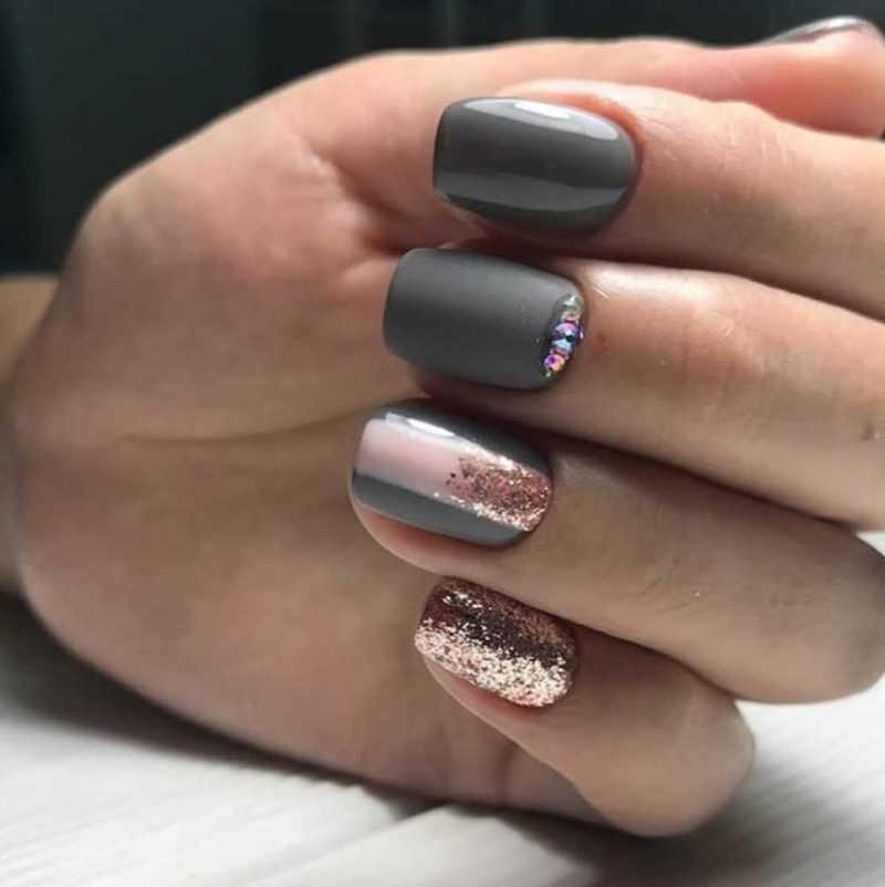 grey-nail-117