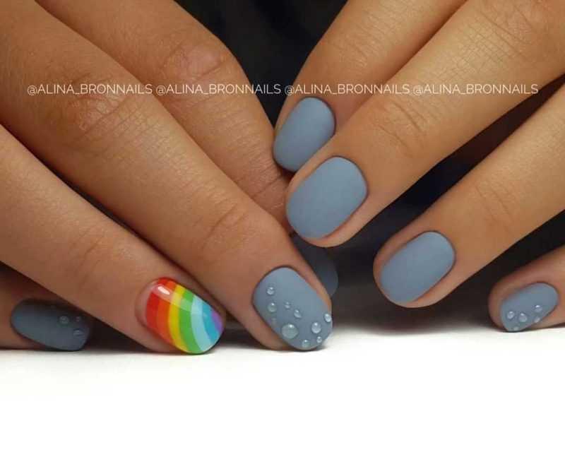 grey-nail-135