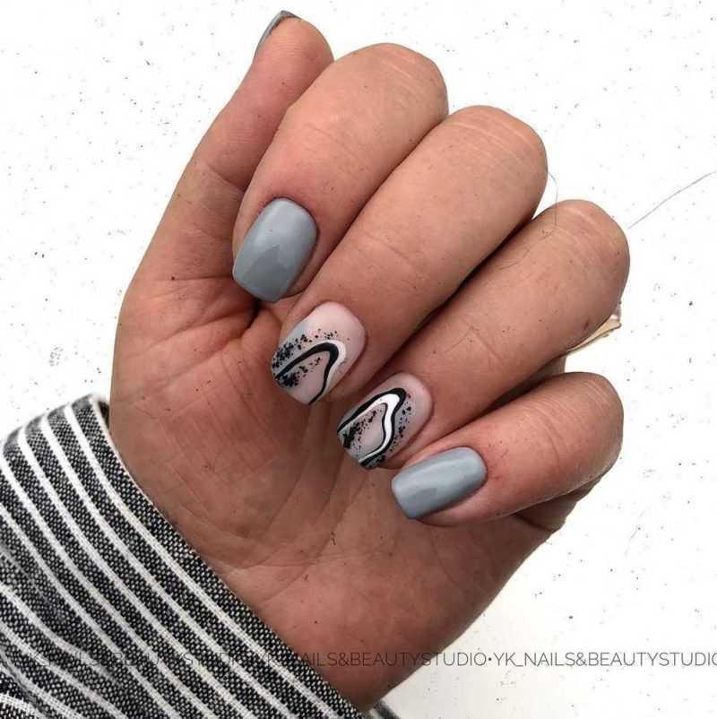 grey-nail-147