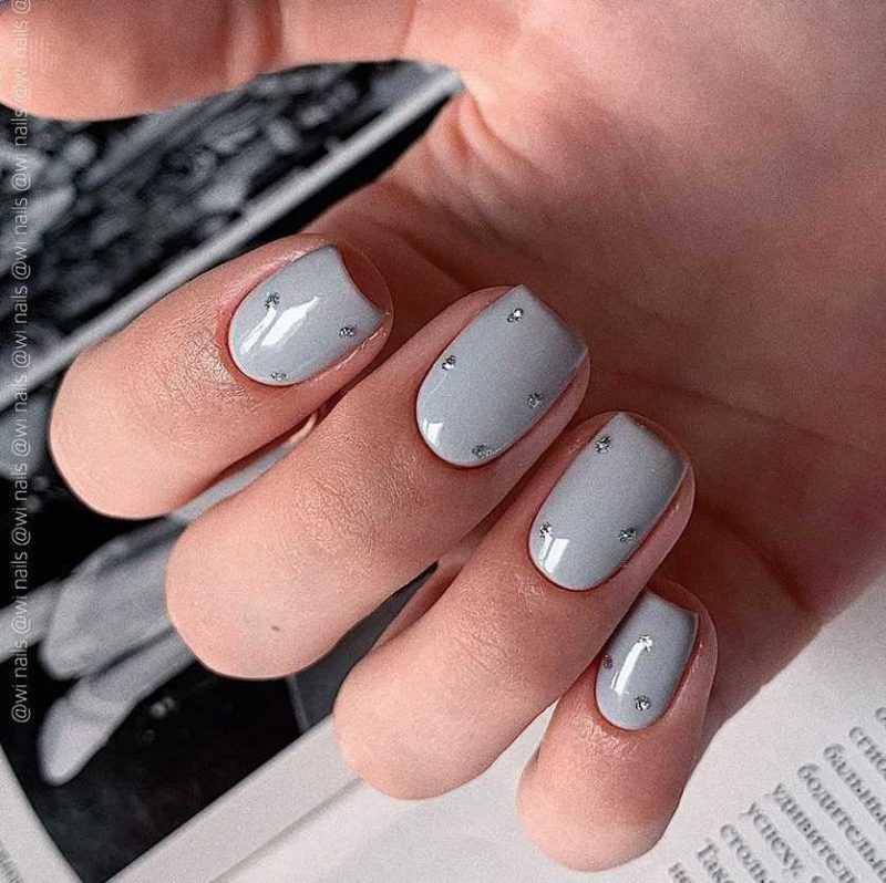 grey-nail-17