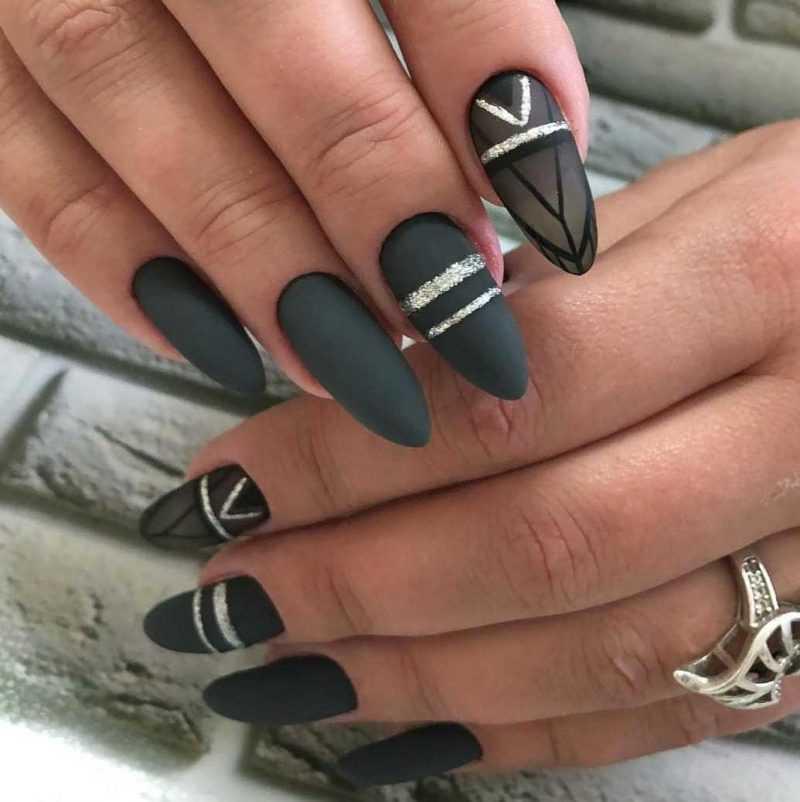grey-nail-21