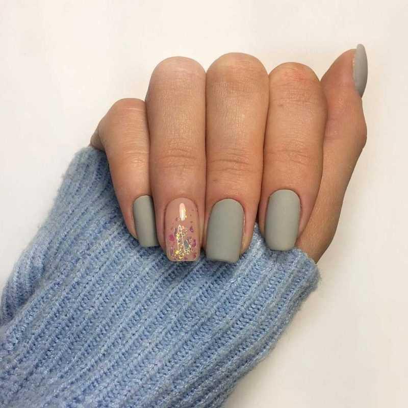 grey-nail-22