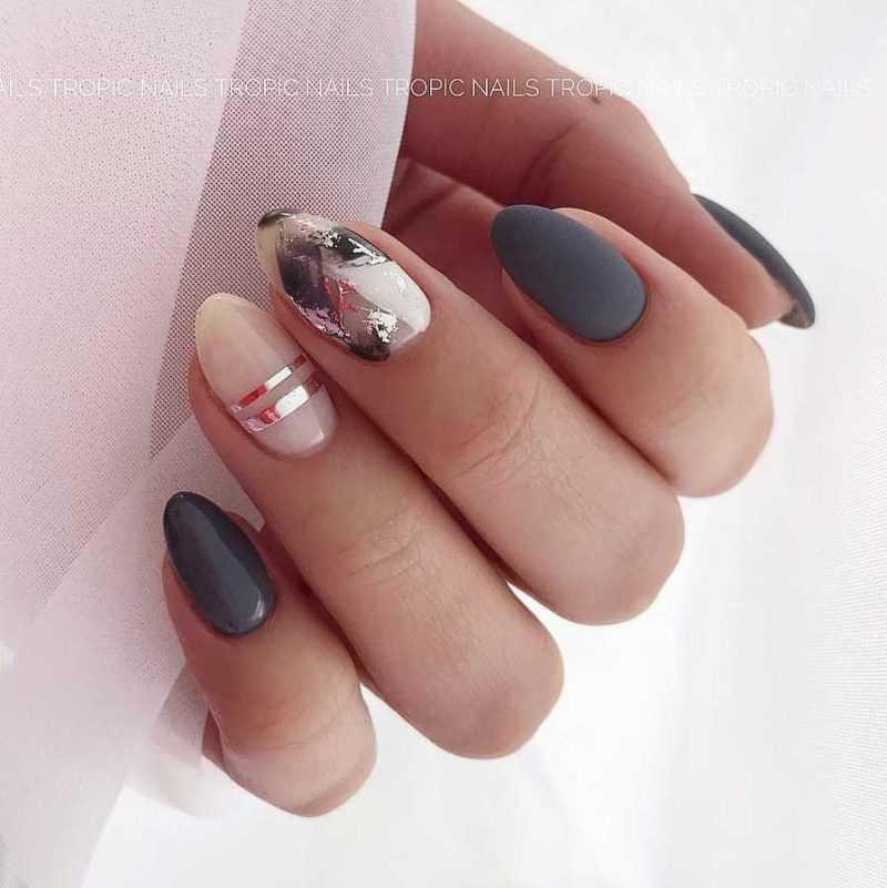 grey-nail-38