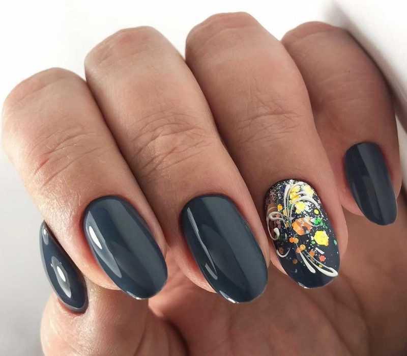 grey-nail-40