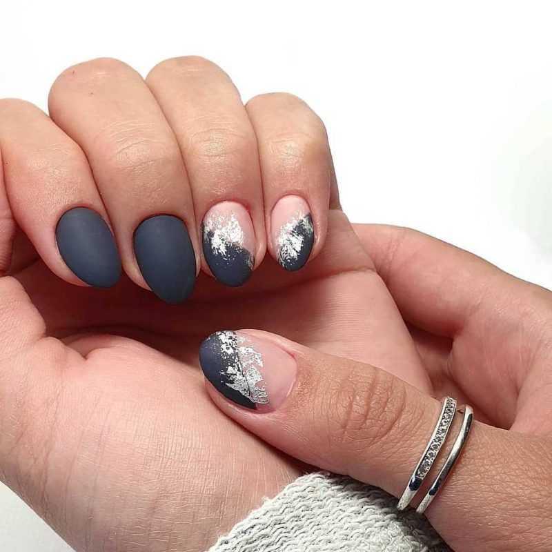 grey-nail-41