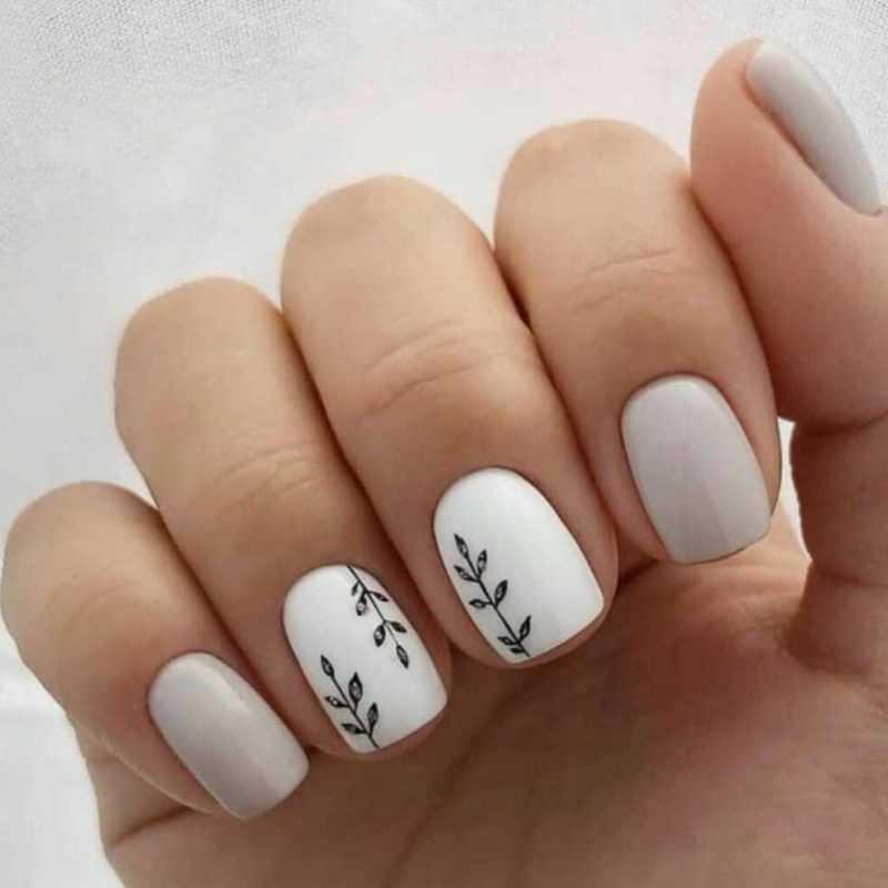 grey-nail-42