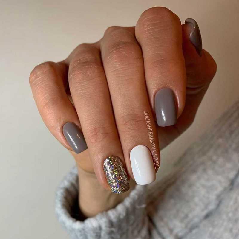 grey-nail-51
