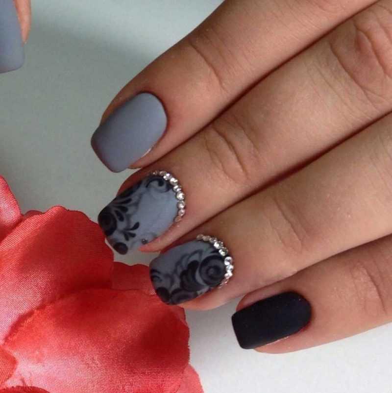 grey-nail-57