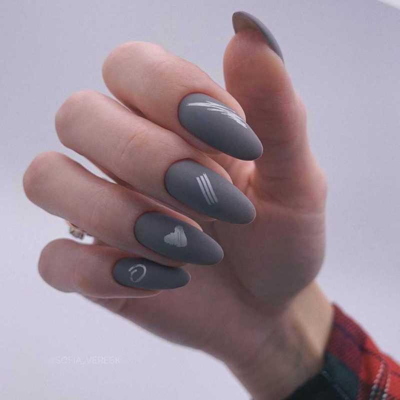 grey-nail-5