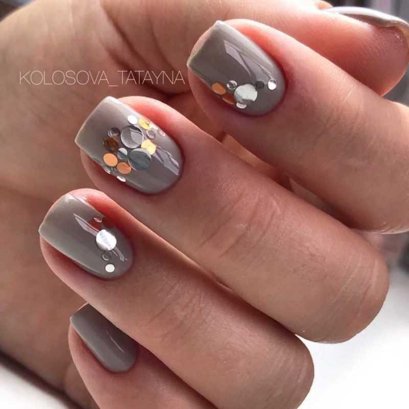 grey-nail-86
