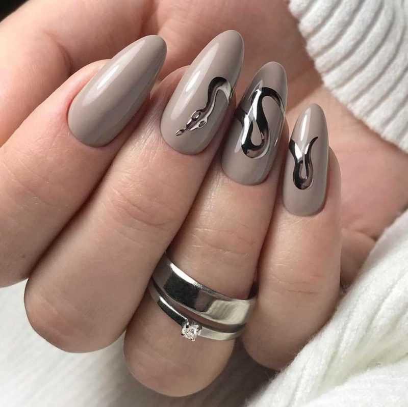 grey-nail-88