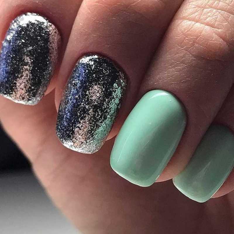 mint-nail-105