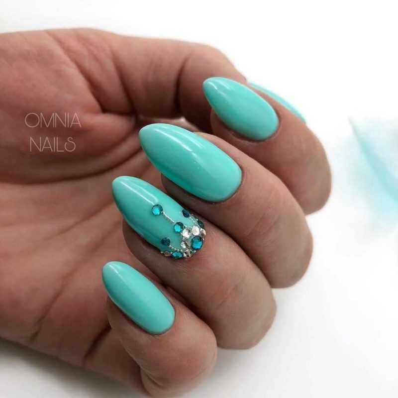 mint-nail-10
