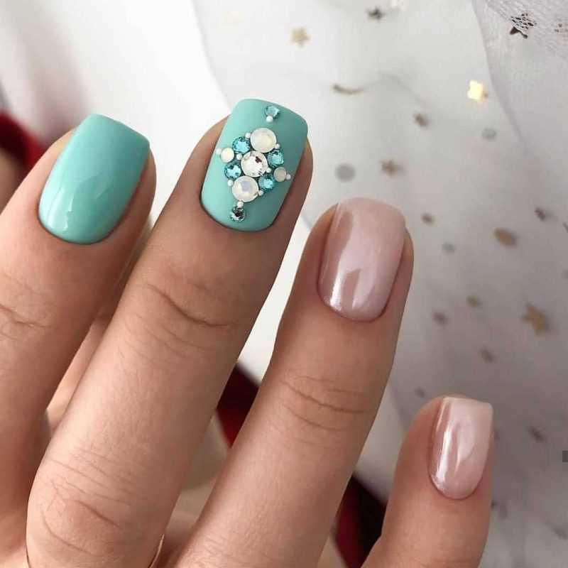 mint-nail-36