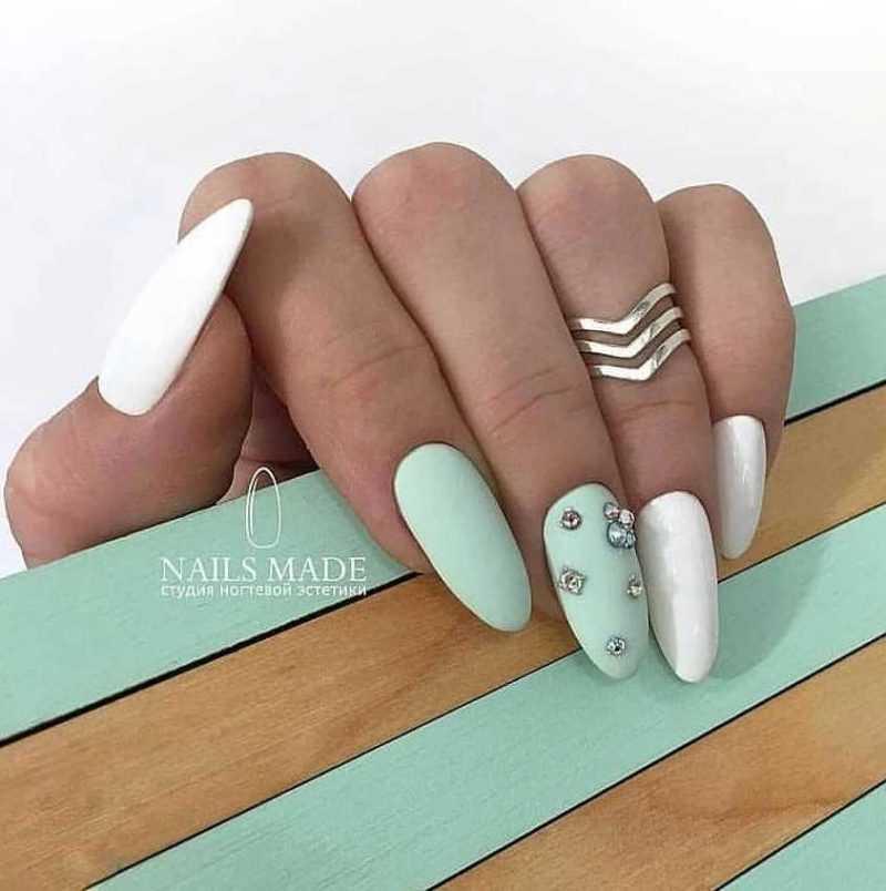 mint-nail-52