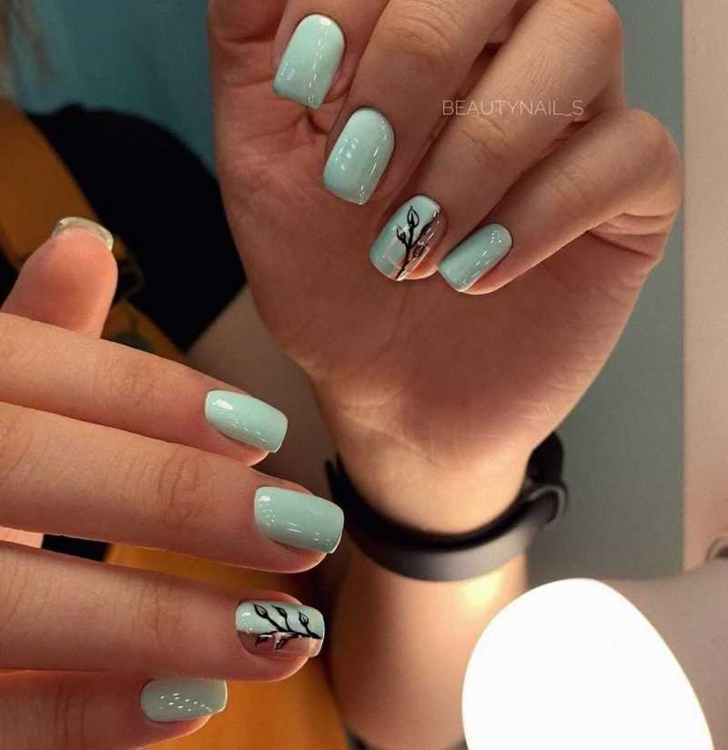 mint-nail-84