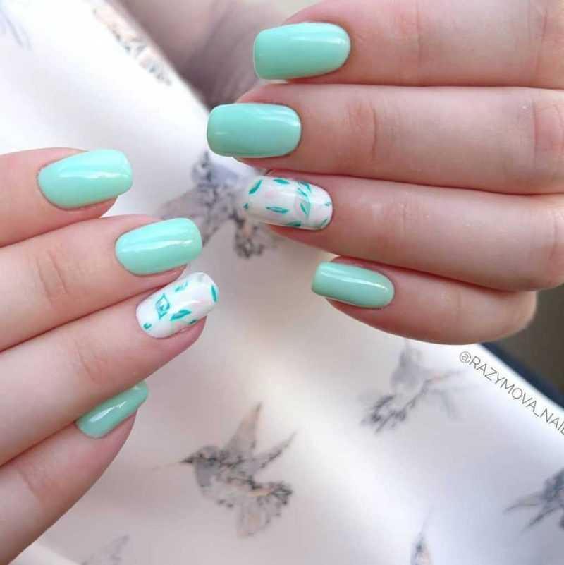 mint-nail-90