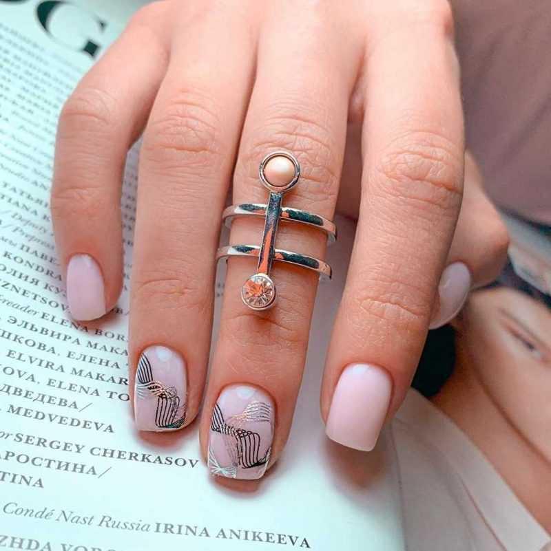 rose-nail-98