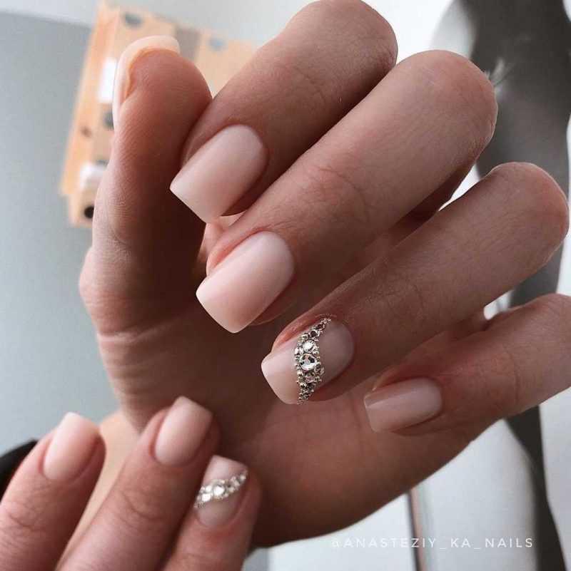 simple-nail-25