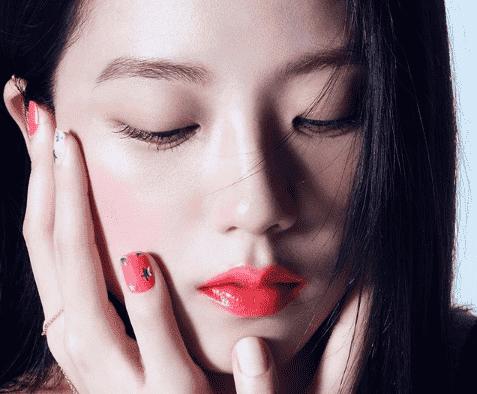 Маникюр корейских знаменитостей