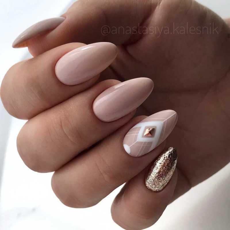 beige-nail-102