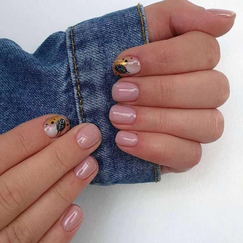 beige-nail-14