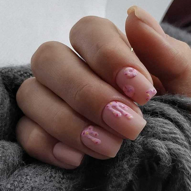 beige-nail-145