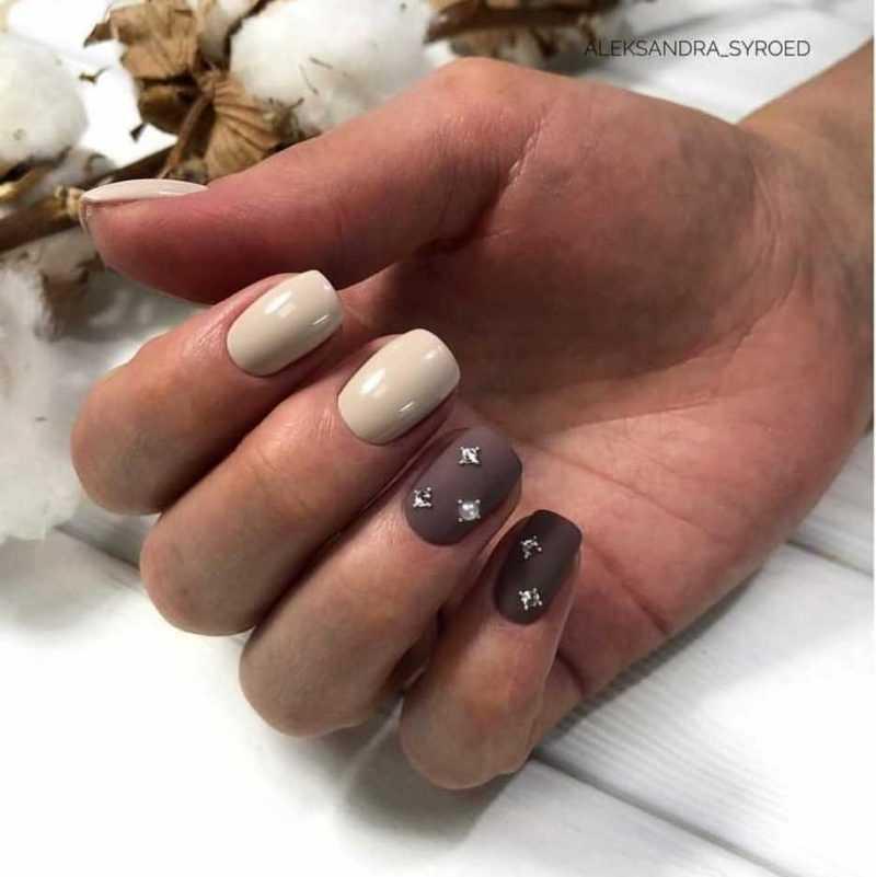 beige-nail-161