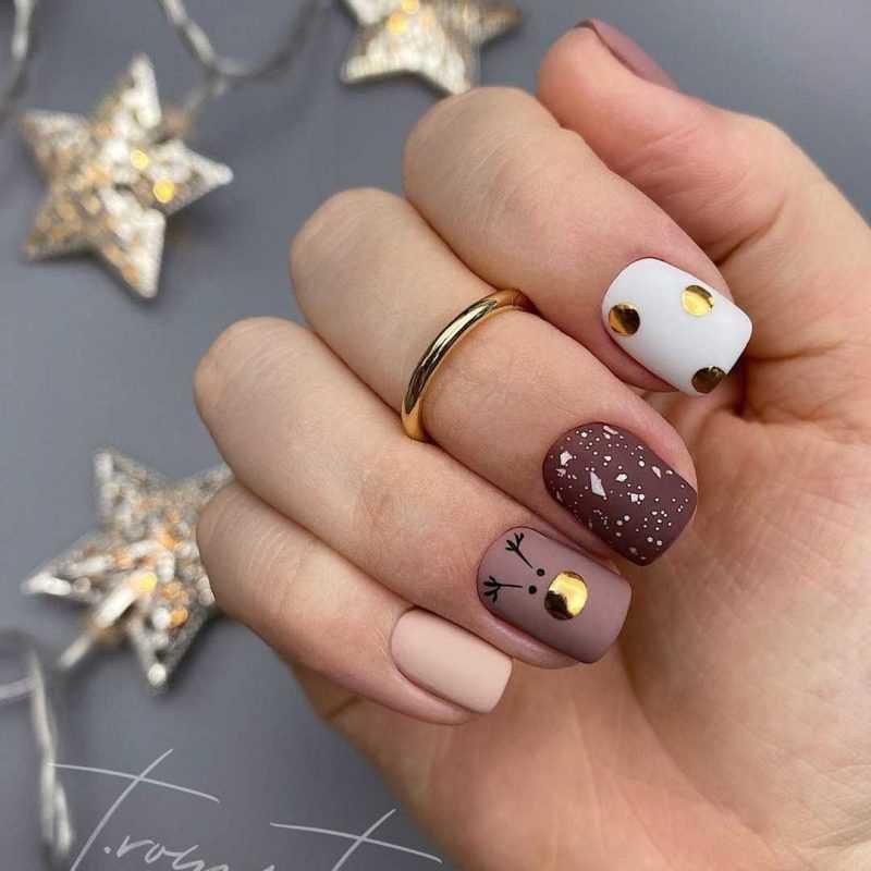 beige-nail-19