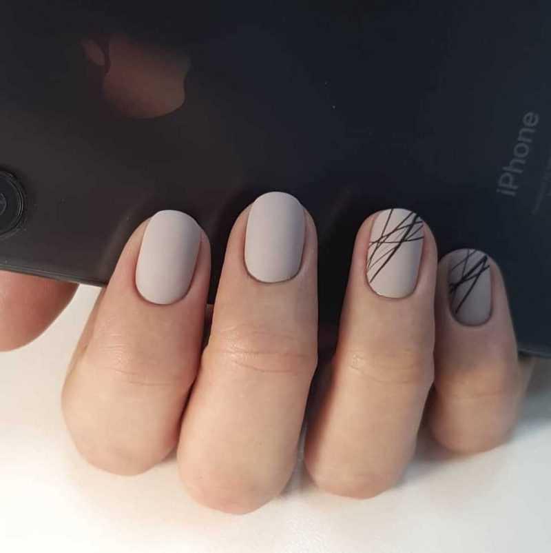 beige-nail-32