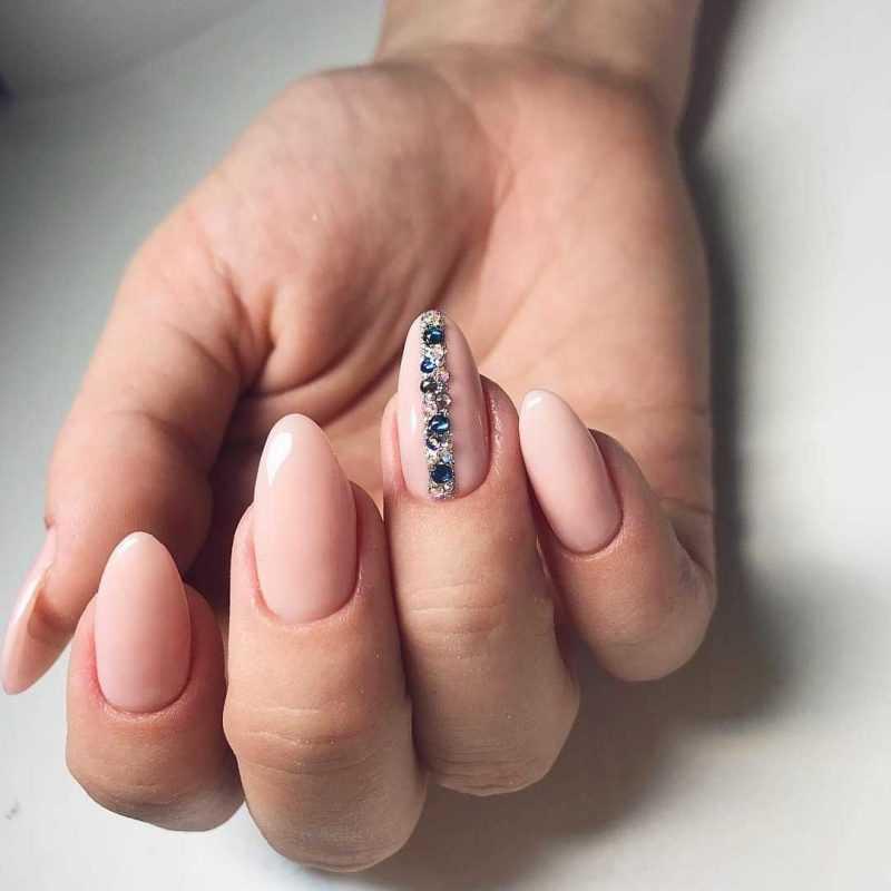beige-nail-67