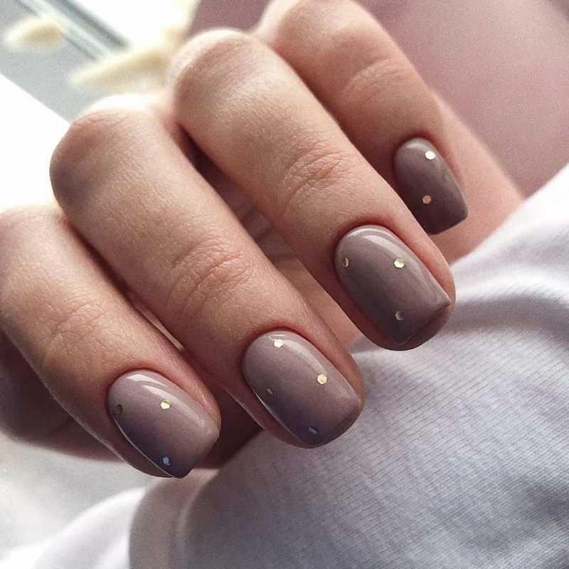 beige-nail-7