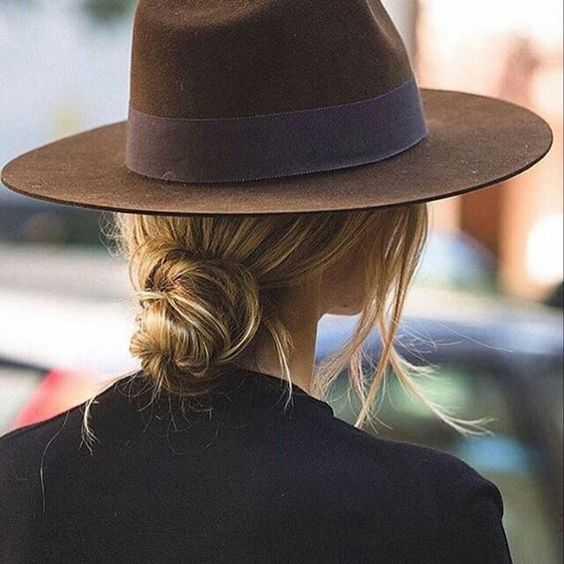 Шляпа цвета кэмел