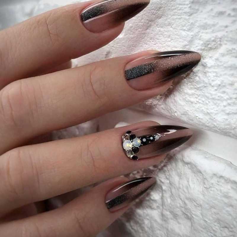 parthy-nail-66