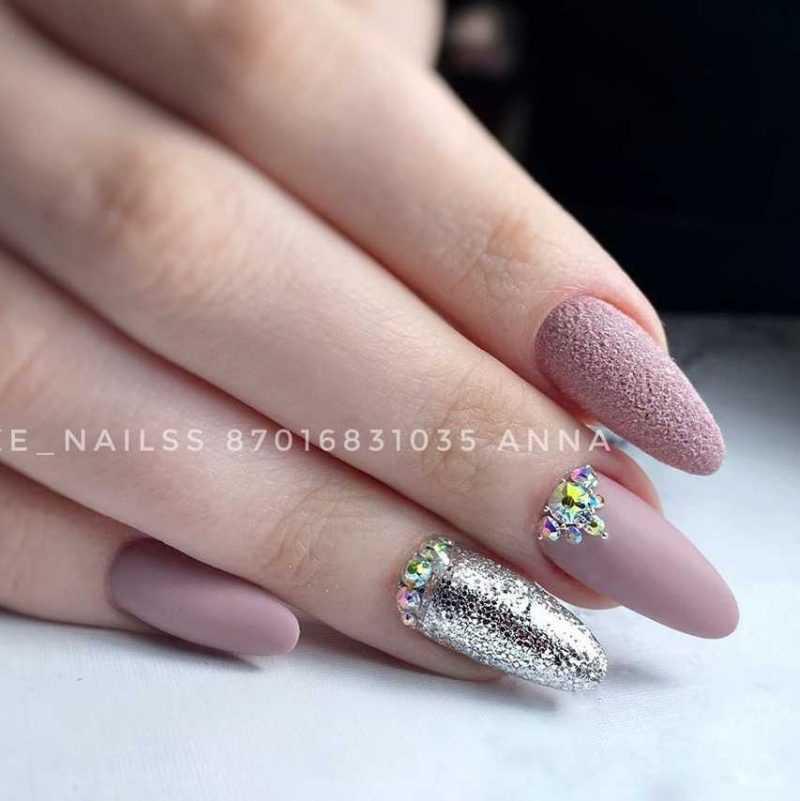 parthy-nail-73