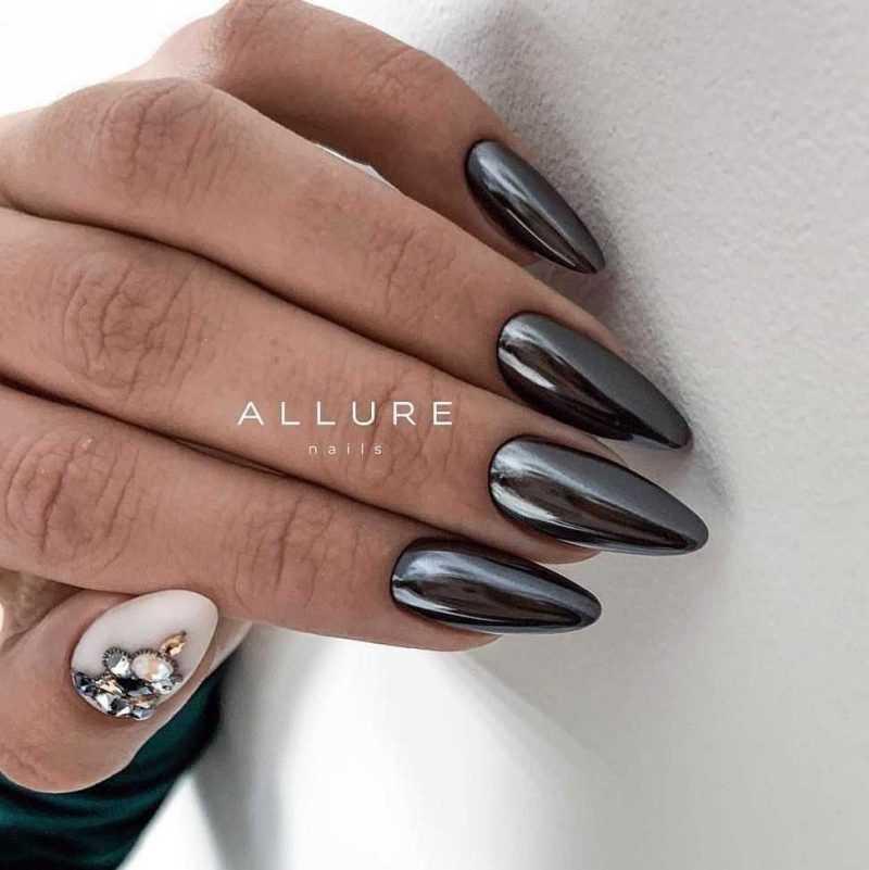 sharp-nail-30