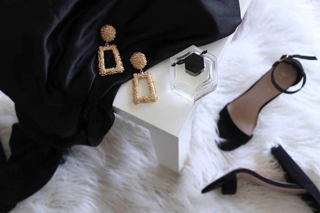flatlay обувь и аксессуары